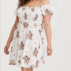 💐 Floral Off the Shoulder Smocked Dress 💐